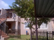 R 620,000 - 2 Bedroom, 1 Bathroom  Property For Sale in Ormonde
