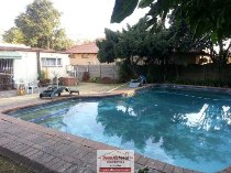 R 1,590,000 - 3 Bedroom, 2 Bathroom  Property For Sale in Edenglen