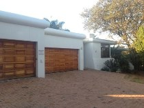 R 3,695,000 - 4 Bedroom, 3 Bathroom  House For Sale in Waterkloof Ridge