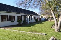 R 2,400,000 - 4 Bedroom, 3 Bathroom  House For Sale in Amanda Glen