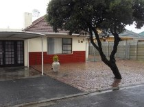 R 1,650,000 - 6 Bedroom, 6 Bathroom  Property For Sale in Plumstead, Cape Town, Southern Suburbs