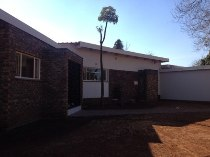 R 1,699,000 - 4 Bedroom, 2 Bathroom  House For Sale in Doringkloof, Centurion