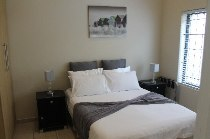 R 10,000 - 1 Bedroom, 1 Bathroom  Flat To Let in Atlantic Beach Estate, Cape Town, Table Bay