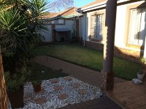 R 1,049,000 - 3 Bedroom, 2 Bathroom  Property For Sale in Petersfield