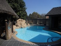 R 2,580,000 - 5 Bedroom, 3 Bathroom  Property For Sale in Wierda Park