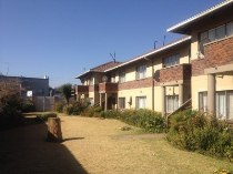 R 379,000 - 1 Bedroom, 1 Bathroom  Property For Sale in Lyttelton Manor