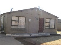 R 550,000 - 6 Bedroom, 2 Bathroom  Property For Sale in Soweto