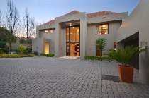 R 15,000,000 - 4 Bedroom, 3 Bathroom  House For Sale in Morningside