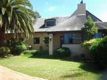 R 4,250,000 - 4 Bedroom, 4 Bathroom  House For Sale in Sonstraal