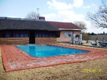 R 652,200 - 3 Bedroom, 2 Bathroom  Home For Sale in Flamingo Park