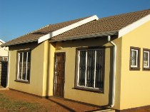 R 380,000 - 2 Bedroom, 1 Bathroom  Home For Sale in Protea Glen