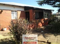 R 850,000 - 4 Bedroom, 2 Bathroom  Property For Sale in South Hills
