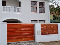 R 1,595,000 - 4 Bedroom, 3 Bathroom  Property For Sale in Wynberg