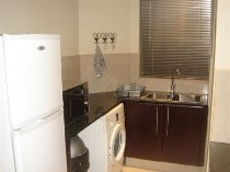 R 18,500 - 2 Bedroom, 2 Bathroom  Apartment To Rent in Sandhurst, Sandton