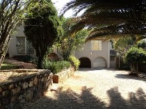 R 1,759,000 - 3 Bedroom, 3 Bathroom  Home For Sale in Kloofendal