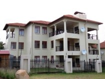 R 1,350,000 - 1 Bedroom, 1 Bathroom  Apartment For Sale in Paulshof