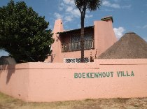 R 860,000 - 2 Bedroom, 2 Bathroom  Residential Property For Sale in Raceview