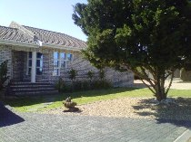 R 7,950 - 2 Bedroom, 2 Bathroom  House To Rent in Myburgh Park