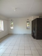 R 1,050,000 - 3 Bedroom, 1 Bathroom  Home For Sale in Valhalla