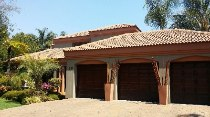 R 3,650,000 - 4 Bedroom, 3.5 Bathroom  House For Sale in Silver Lakes Golf Estate