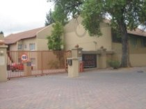 R 650,000 - 2 Bedroom, 1 Bathroom  Flat For Sale in Malanshof