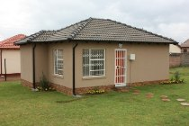 R 479,500 - 3 Bedroom, 1 Bathroom  Property For Sale in Crystal Park