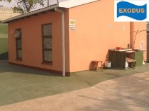 R 495,000 - 2 Bedroom, 1 Bathroom  Property For Sale in Newlands West, Durban North