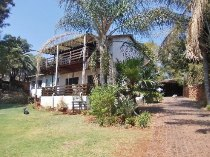 R 1,500,000 - 4 Bedroom, 3 Bathroom  Home For Sale in Moreleta Park