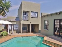 R 2,300,000 - 3 Bedroom, 2 Bathroom  Property For Sale in Moreleta Park