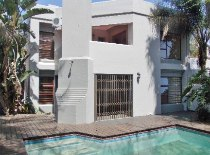 R 2,295,000 - 4 Bedroom, 3 Bathroom  House For Sale in Moreleta Park