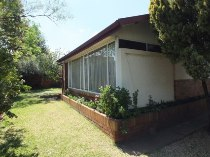 R 1,100,000 - 3 Bedroom, 1 Bathroom  Home For Sale in Kloofsig