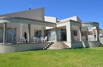 R 2,890,000 - 3 Bedroom, 3 Bathroom  House For Sale in Durbanvale