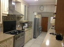 R 18,000 - 3 Bedroom, 2 Bathroom  House To Rent in Strathavon