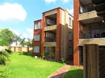 R 7,000 - 2 Bedroom, 1 Bathroom  Property To Rent in Lyttelton, Centurion