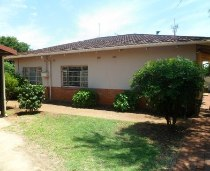 R 1,559,000 - 4 Bedroom, 2 Bathroom  House For Sale in Valhalla