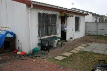 R 720,000 - 2 Bedroom, 1 Bathroom  Home For Sale in Richwood