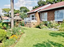 R 1,990,000 - 4 Bedroom, 2 Bathroom  House For Sale in Moreleta Park