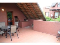 R 9,300 - 2 Bedroom, 2 Bathroom  Property To Let in Fourways