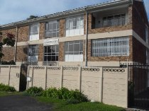 R 825,000 - 2 Bedroom, 1 Bathroom  Property For Sale in Wynberg