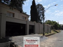 R 1,650,000 - 3 Bedroom, 1 Bathroom  House For Sale in Observatory