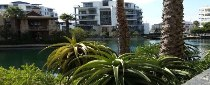 R 10,780,000 - 2 Bedroom, 2 Bathroom  Flat For Sale in Waterfront, Cape Town, City Bowl