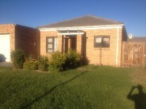 R 950,000 - 2 Bedroom, 1 Bathroom  Home For Sale in Kraaifontein