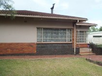 R 1,300,000 - 4 Bedroom, 2 Bathroom  Home For Sale in Valhalla