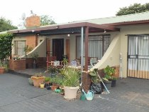 R 1,400,000 - 3 Bedroom, 1 Bathroom  Home For Sale in Valhalla