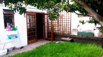 R 1,090,000 - 2 Bedroom, 2 Bathroom  House For Sale in Kenilworth