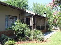 R 1,390,000 - 3 Bedroom, 1 Bathroom  Property For Sale in Valhalla