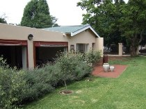 R 1,550,000 - 3 Bedroom, 2 Bathroom  House For Sale in Valhalla