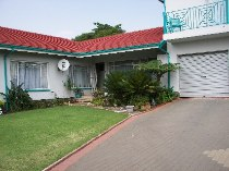 R 1,800,000 - 3 Bedroom, 2 Bathroom  Home For Sale in Horison