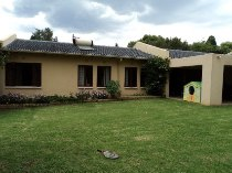 R 15,000 - 4 Bedroom, 2 Bathroom  House To Rent in Weltevreden Park, Roodepoort