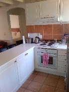 R 8,000 - 2 Bedroom, 1 Bathroom  Flat To Rent in Killarney
